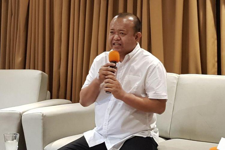 Patrice Rio Capella saat menyampaikan keterangan pers-nya soal Partai Nasdem di kawasan Cikini, Jakarta Pusat, Minggu (10/11/2019).