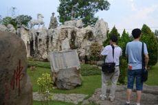 Turis China Datang ke Indonesia Saat Imlek