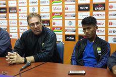 Arema FC Vs Persib, Robert Sebut Pemainnya Terpengaruh Teror Petasan