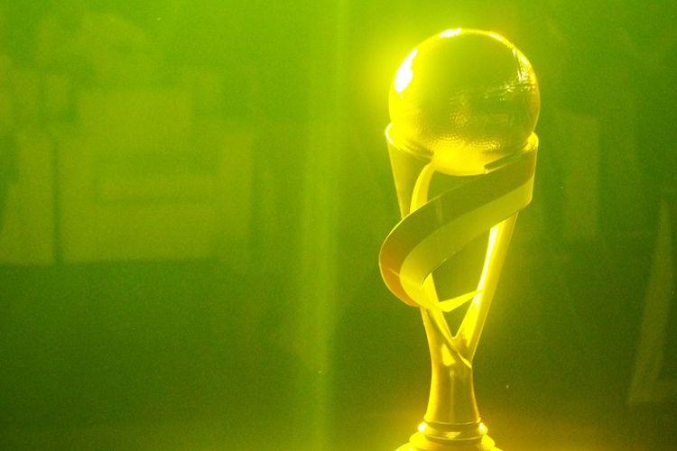 Trofi Piala Presiden Bola Basket 2019