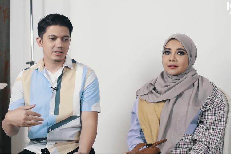Pasangan selebritas Irwansyah dan Zaskia Sungkar membagikan pengalaman kehamilan pertama mereka kepada fotografer kondang, Rio Motret.