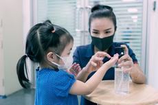 Rentan Terinfeksi Covid-19, Begini Cara Lindungi Anak dari Virus Corona