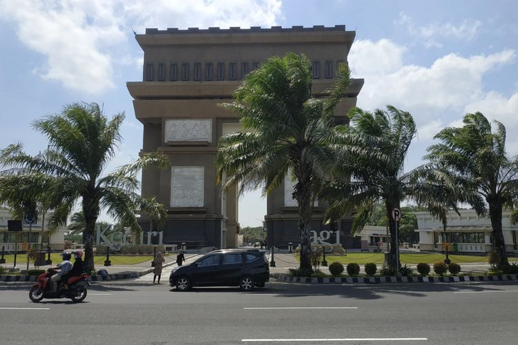 Monumen Simpang Lima Gumul Kabupaten Kediri, Jawa Timur.