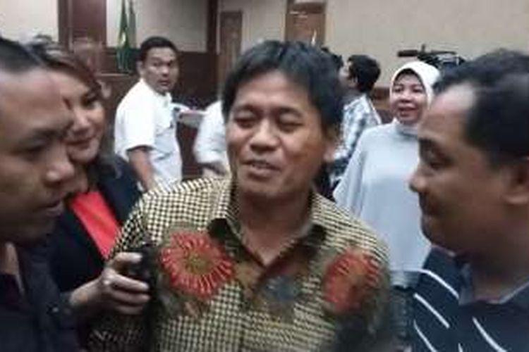Anggota Fraksi PKB di Komisi V DPR Musa Zainuddin seusai memberikan keterangan di Pengadilan Tipikor, Jakarta, Senin (2/5/2016).