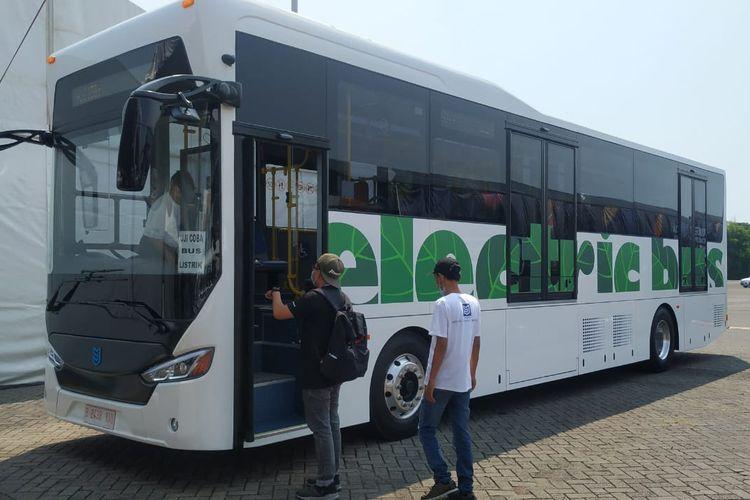Bus Listrik MAB di IIMS Hybrid 2021
