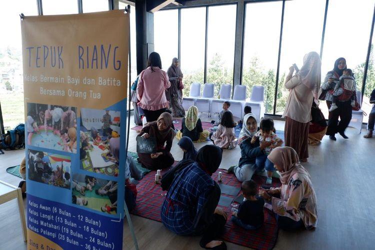 Salah satu kegiatan yang ada di Setiabuhi Kids Center, wahana kreatif baru di Kota Bandung.