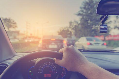 4 Tips Berkendara Aman di Jalan Tol
