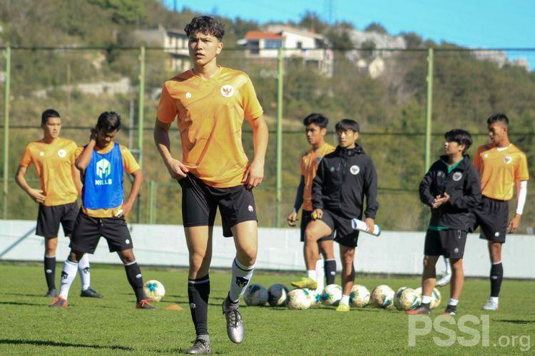 Kelana Noah Mahesa, pemain keturunan Jerman yang dipanggil Shin Tae-yong untuk mengikuti pemusatan latihan timnas U19 Indonesia di Kroasia.