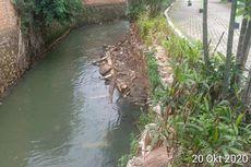 Imbas Hujan Deras, Turap di Perumahan Kawasan Ciracas Longsor