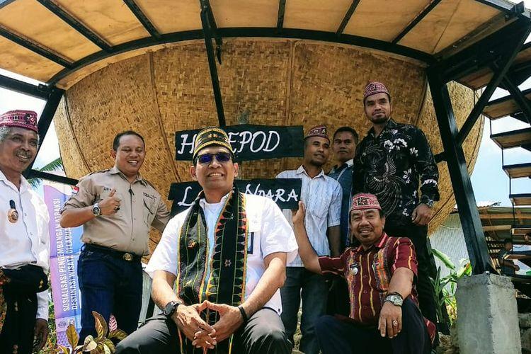Kemenpar merealisasikan nomadic amenities homepod di Desa Wisata Liang Ndara, Labuan Bajo, Manggarai Barat, Nusa Tenggara Timur, Jumat (20/9/2019).