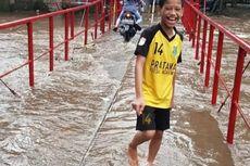 Sempat Terputus, Jembatan Antar-RW di Cipinang Melayu Bisa Dilalui Lagi