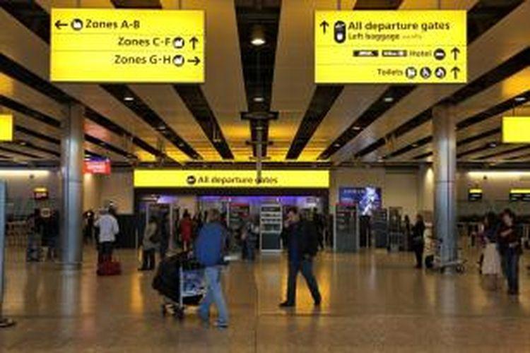 Bandara Heathrow, London.