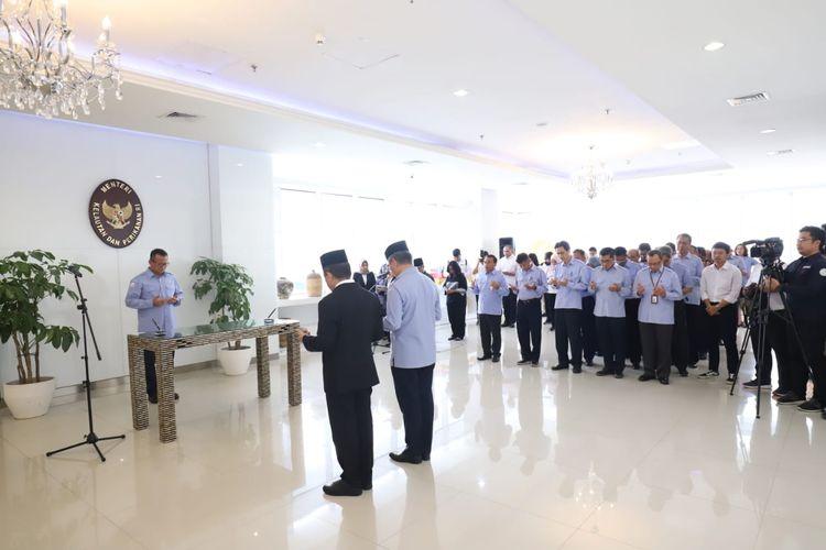Menteri Kelautan dan Perikanan Edhy Prabowo melantik 2 pejabat eselon I di Gedung Mina Bahari KKP, Jakarta, Rabu (26/2/2020).