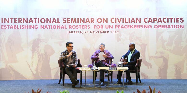 Kegiatan International Seminar on Civilian Capacities: Building National Rosters for UN Peacekeeping Operations di Hotel Mandarin Oriental, Jakarta, Jumat (29/11/2019).
