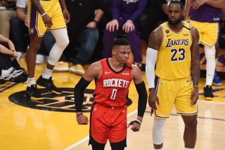 Pebasket Houston Rockets, Russell Westbrook, ketika menghadapi Los Angeles Lakers pada lanjutan musim reguler NBA 2019-2020, Jumat (7/2/2020) pagi WIB.