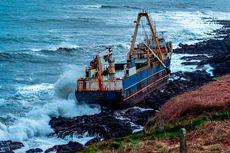 18 Bulan Terombang-ambing di Laut, 'Kapal Hantu' Terdampar di Irlandia