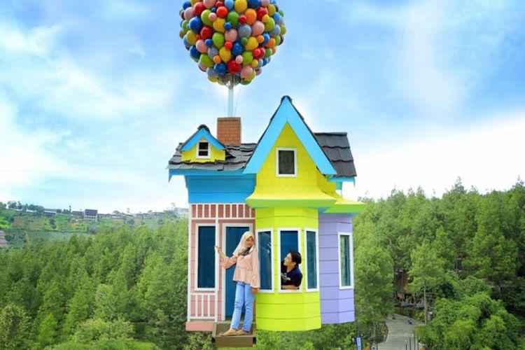Spot foto di Dago Dreampark yaitu Up House.