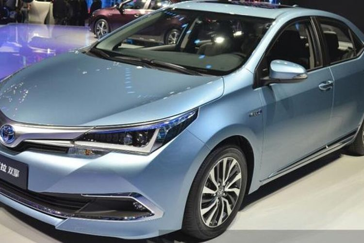 Toyota Corolla Hybrid yang dijual khusus di pasar China.