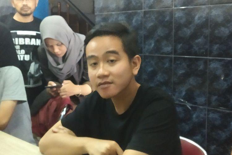 Bakal calon wali kota Surakarta Gibran Rakabuming Raka ditemui di Solo, Jawa Tengah, Selasa (11/2/2020).