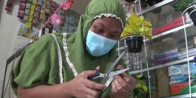 Lewati Masa Sulit, Pasutri Pemilik Kantin Sekolah, Banting Setir Jadi Pedagang Kembang Cantik