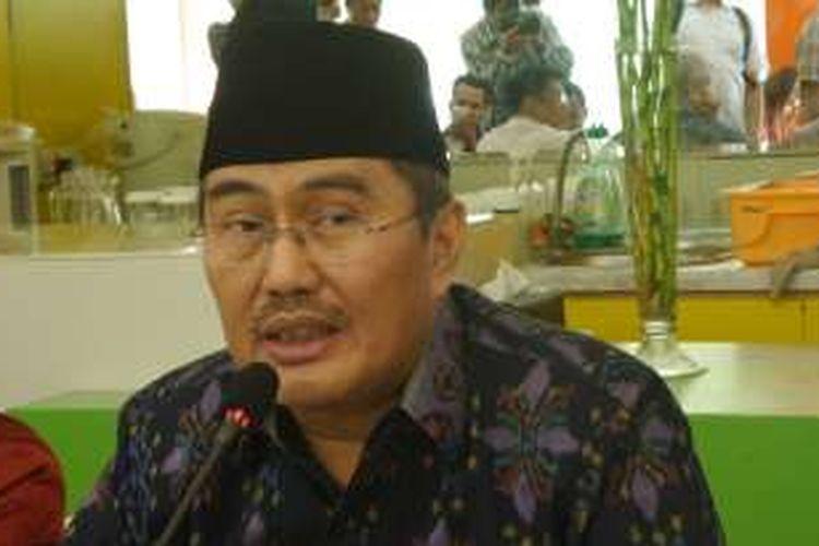 Ketua Umum Ikatan Cendekiawan Muslim Indonesia (ICMI) Jimly Asshidiqque di Kantor ICMI Jalan Proklamasi, Jakarta Pusat, Selasa (3/1/2017)