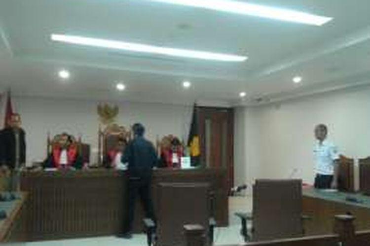 Rabu (10/8/2016), sidang gugatan Toeti Nozlar Soekarno terhadap Pemprov DKI terkait  kepemilikan lahan Cengkareng Barat di Pengadilan Negeri Jakarta Pusat