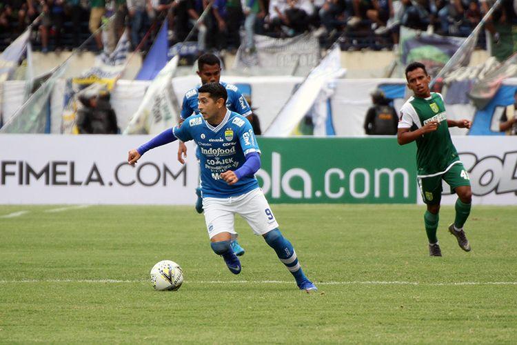 Pemain Persib Bandung, Esteban Vizcarra, saat tampil di Piala Presiden 2019 melawan Persebaya Surabaya, di Stadion Si Jalak Harupat, Kabupaten Bandung, beberapa waktu lalu.