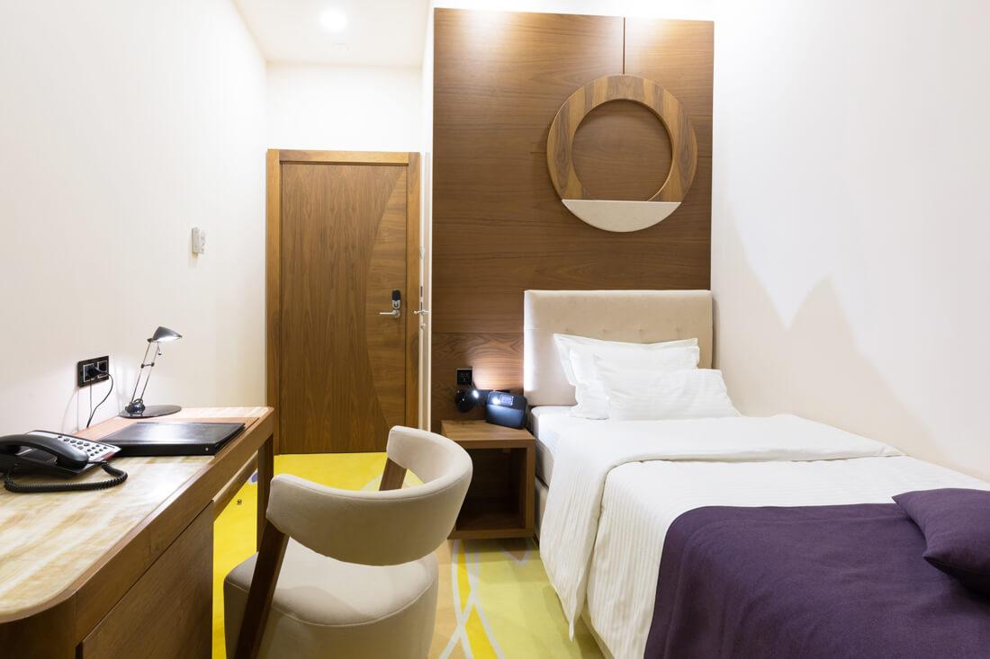 hotel-bisnis