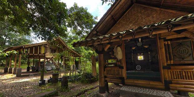 FOTO 360 DERAJAT Rumah Bambu Jatnika Kompas com