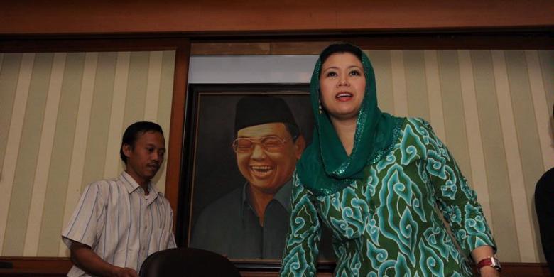 Ahok Meminta Yenny Wahid Mencontoh Ayahnya Gus Dur: Jangan Takut Hilang Jabatan