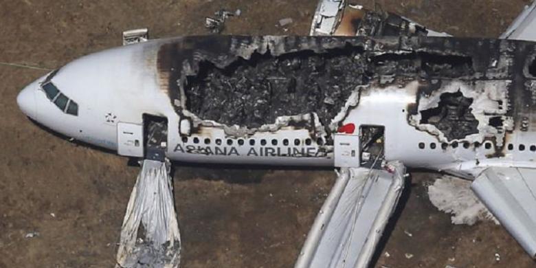 Detik detik jatuhnya pesawat asiana tayang di youtube kompas detik detik jatuhnya pesawat asiana tayang di youtube stopboris Choice Image