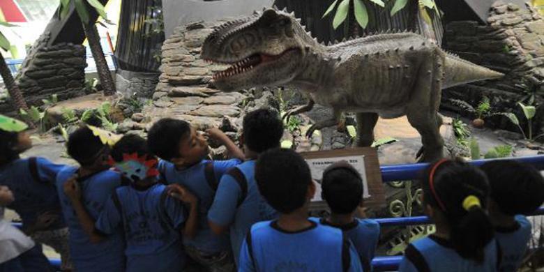 Mengapa Dinosaurus Bisa Tumbuh Menjadi Raksasa Kompas Com
