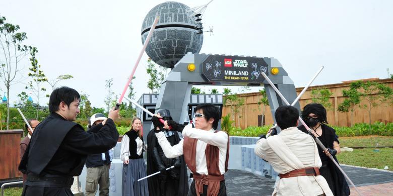 Wah, Ada Lego Star Wars Raksasa di Legoland Malaysia ...