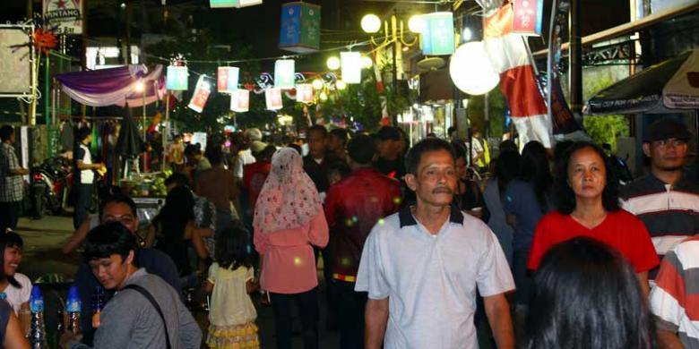 Uniknya Festival Jalan Jaksa Halaman all - Kompas.com