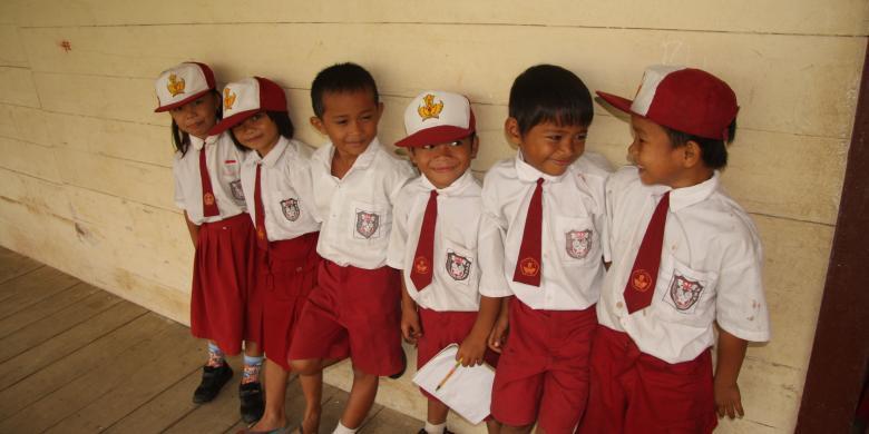 5100 Koleksi Gambar Anak Sekolah Miskin Terbaik