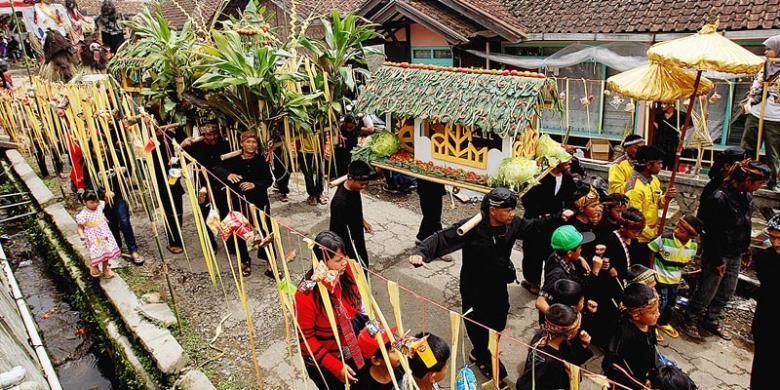 Hasil gambar untuk Kampung Wisata Kreatif Dago Pojok