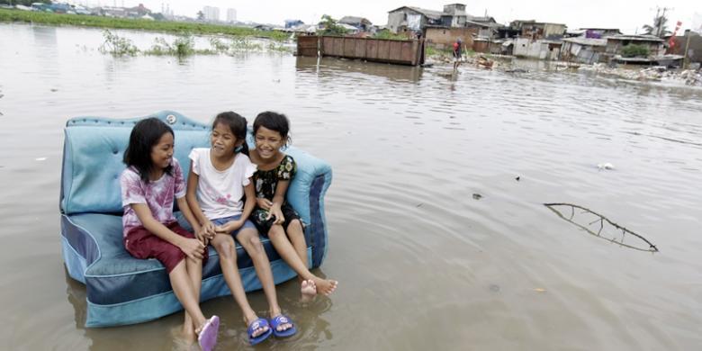 Waspada Penyakit Pascabanjir Berpotensi Klb