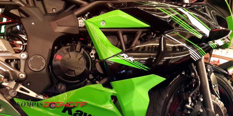 """Kawasaki Ninja RR Mono, Bukan """"Downgrade"""" Ninja 250R FI"""
