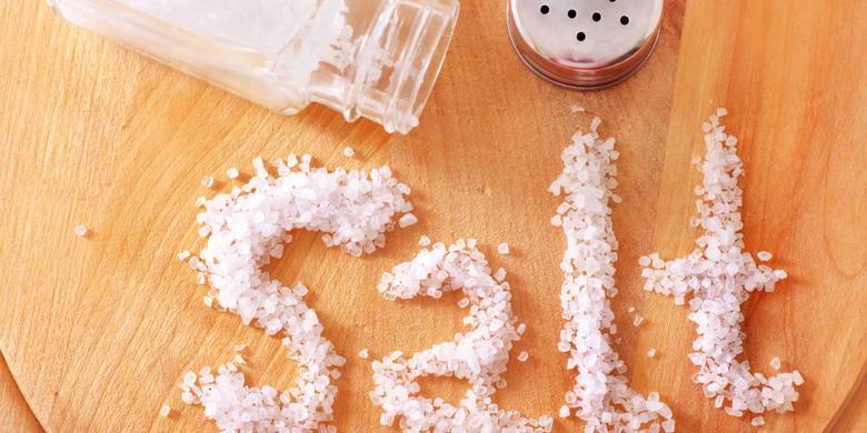 Hasil gambar untuk Batasi asupan makanan yang mengandung garam