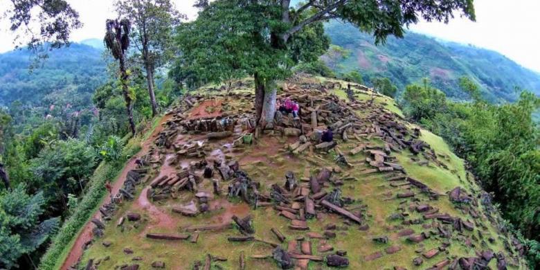 Image result for gunung padang