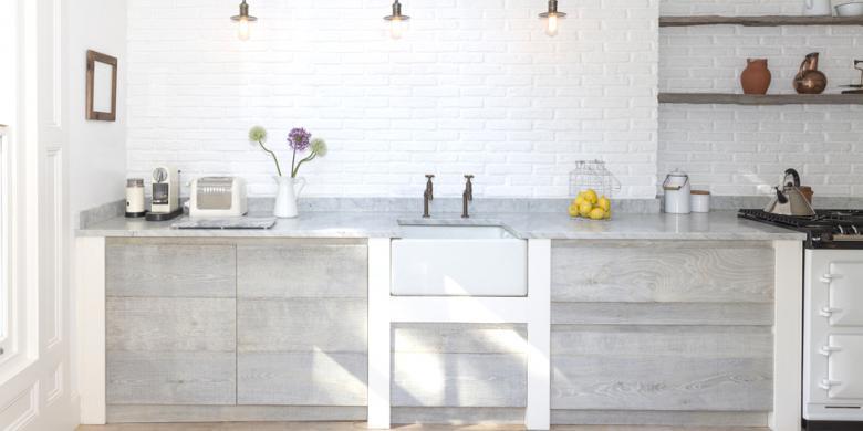 Sejumlah Peralatan Yang Harus Ada Di Meja Dapur