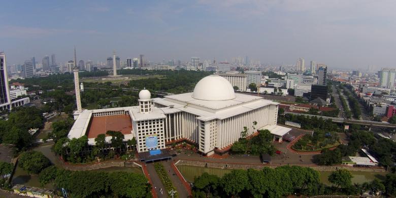 22 Februari 1978 Istiqlal Diresmikan Jadi Salah Satu Masjid