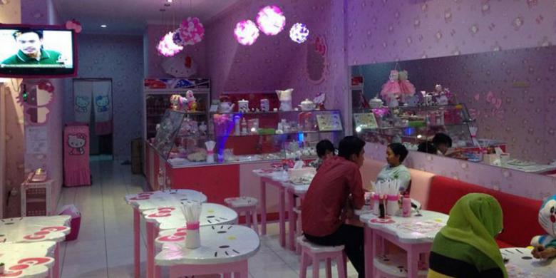 Kafe Hello Kitty, Tanjung Duren