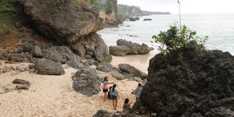 Pantai Tegalwangi Kecantikan Tersembunyi Di Jimbaran
