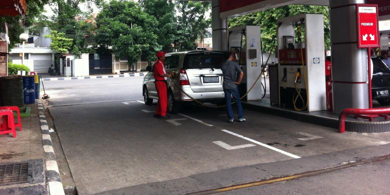 Hari 18 Jokowi Jk Pro Kontra Kenaikan Harga Bbm Menguat Kompas Com