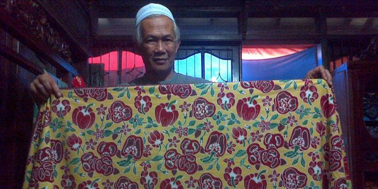 Rumah Batik Lembang membuat batik dengan motif sayuran dan buah-buahan  segar.(KOMPAS.COM PUTRA PRIMA PERDANA) c0dd021a64