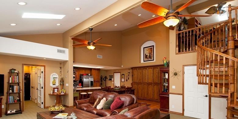 Daripada Membeli Pendingin Ruangan Dengan Harga Yang Mahal Apalagi Jika Anda Ingin Menghemat Listrik Bisa Menggunakan Kipas Angin