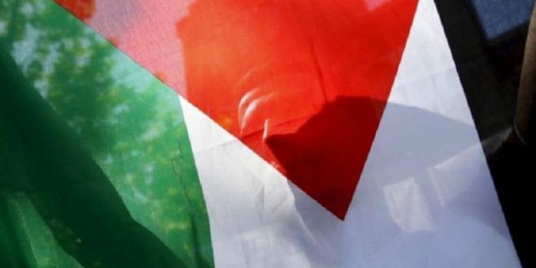 bendera palestina berkibar