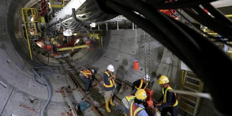 Mrt Jakarta Ditargetkan Beroperasi Awal 2019 Kompas Com