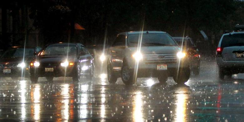 hujan di malam hari